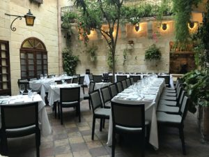 Medina Restaurant テラス席
